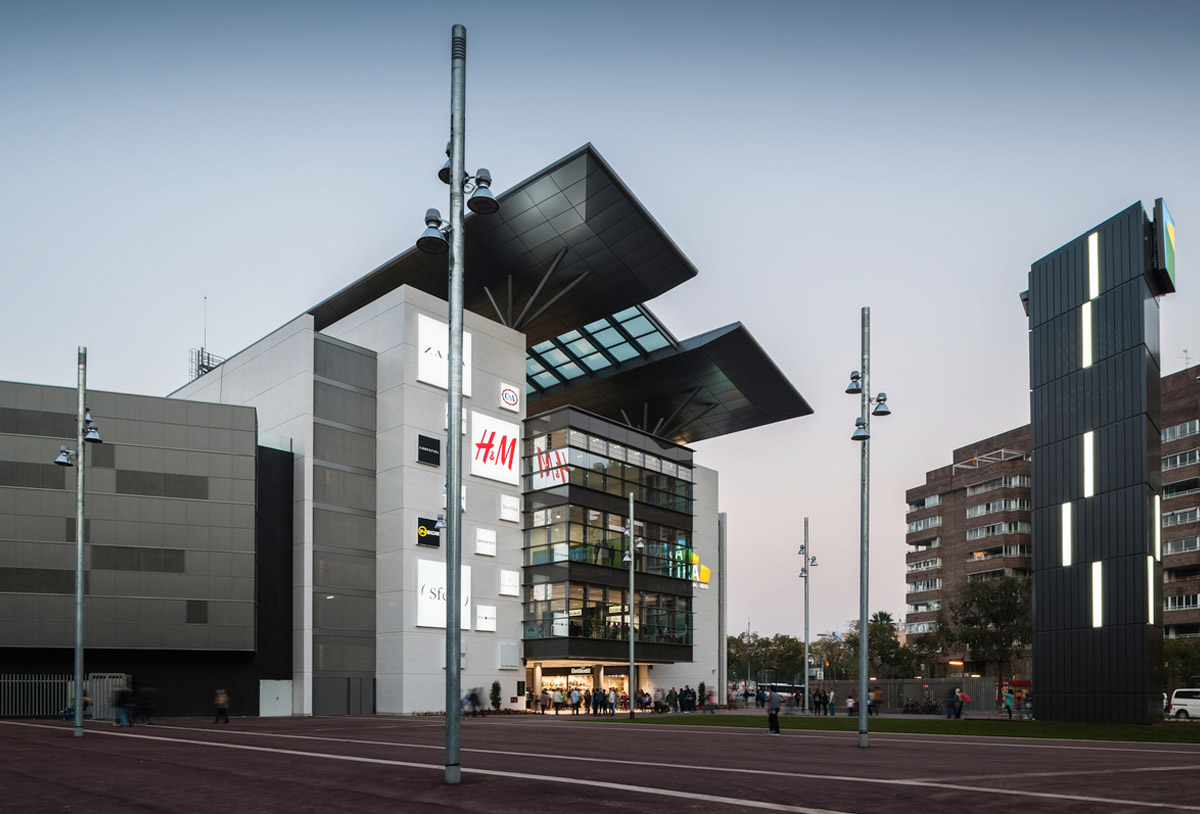 centro comercial moderno